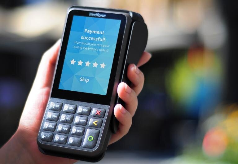 Utilizing the Verifone V400 or V200 credit card terminal with PINpad.