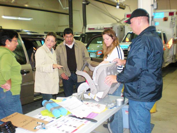 Car Seat Clinic OCT 2008 DSCN2221.jpg