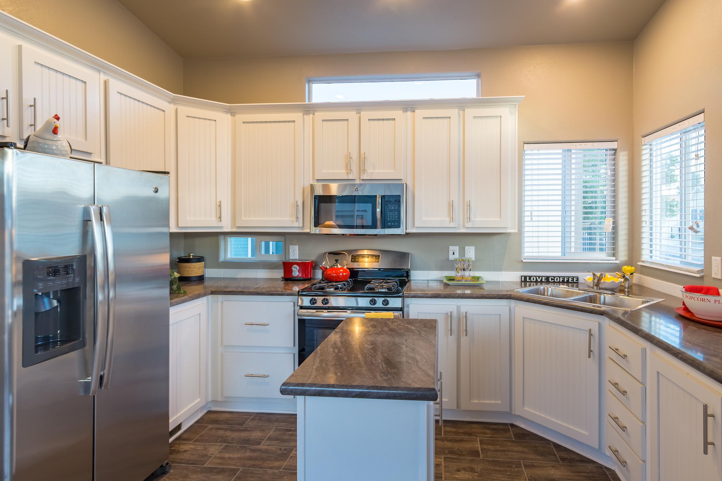 cottage-klitchen-white-cabinets-island.jpg