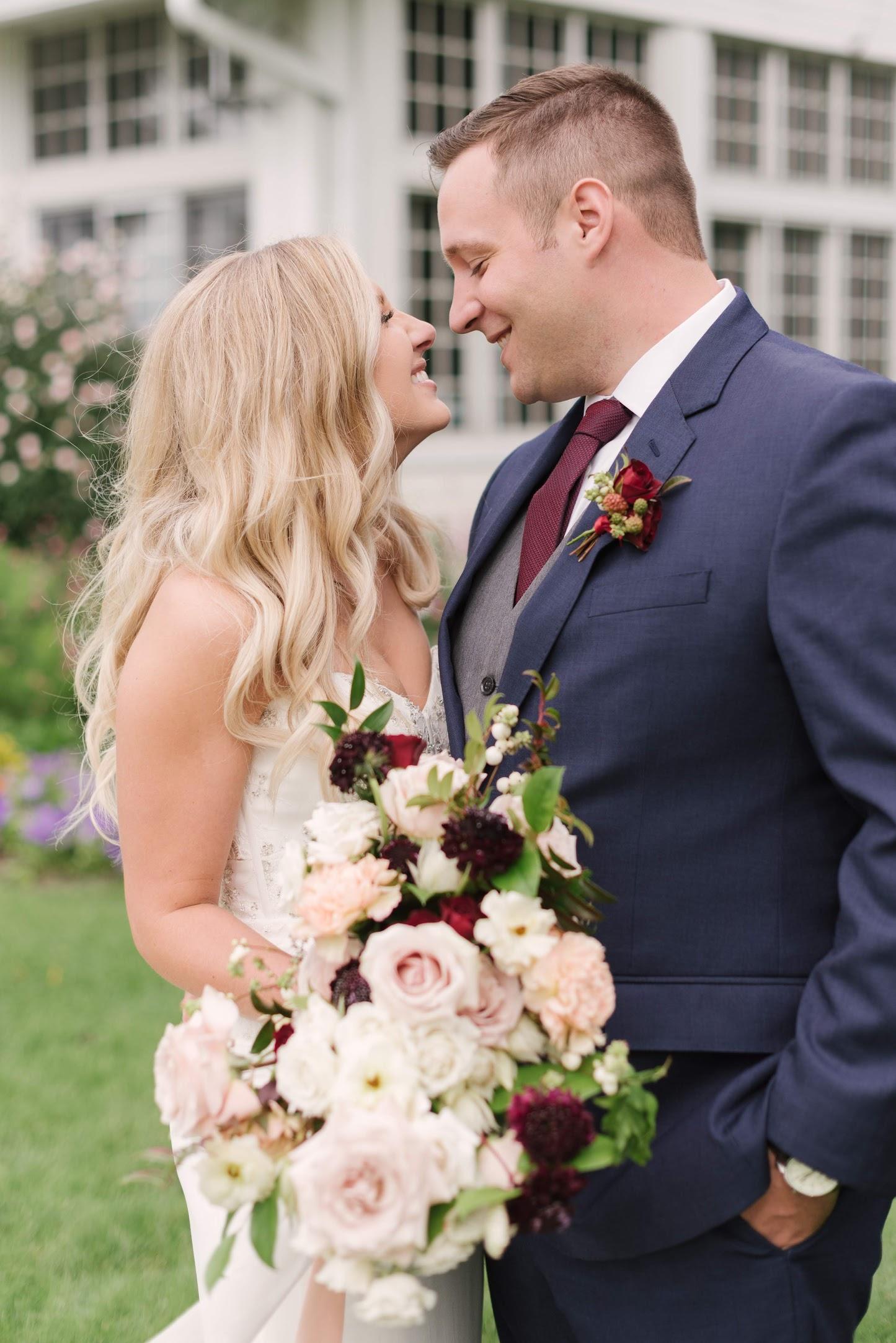 Field-Gems-Photography-Detroit-Michigan-Wedding-Photographer-Family-Photographer-Photobooth-090818-519.jpg