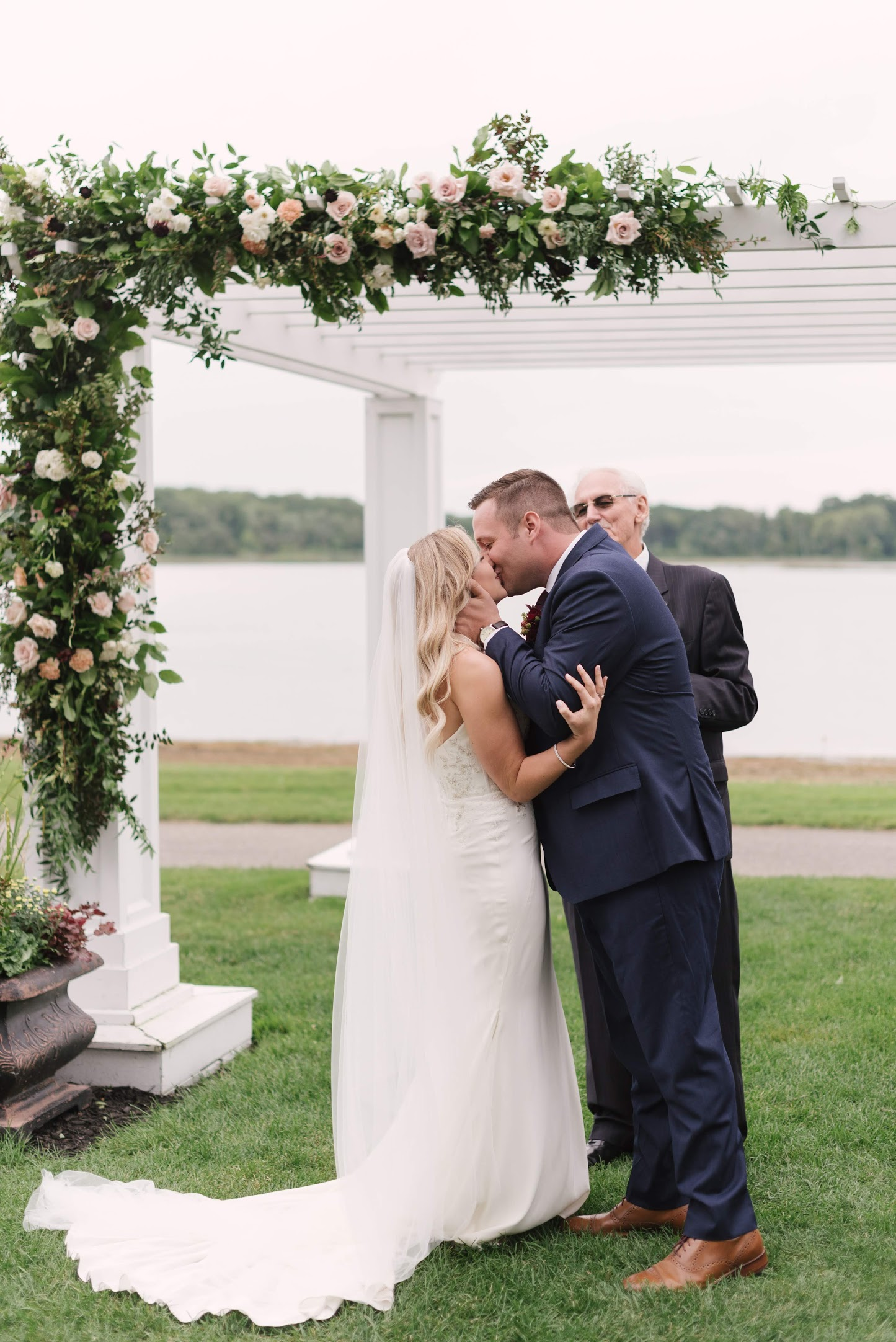Field-Gems-Photography-Detroit-Michigan-Wedding-Photographer-Family-Photographer-Photobooth-090818-714.jpg