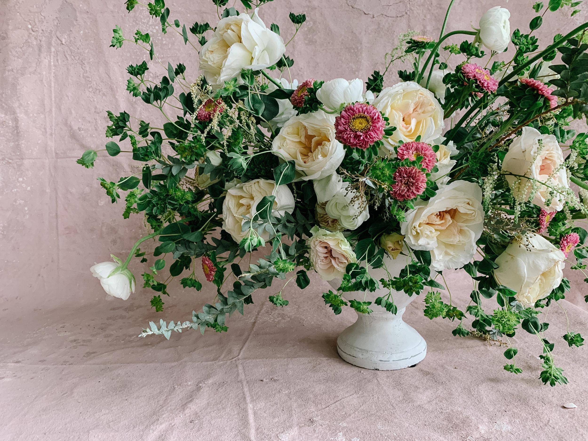 Create An Organic Floral Arrangement In 4 Easy Steps Detroit