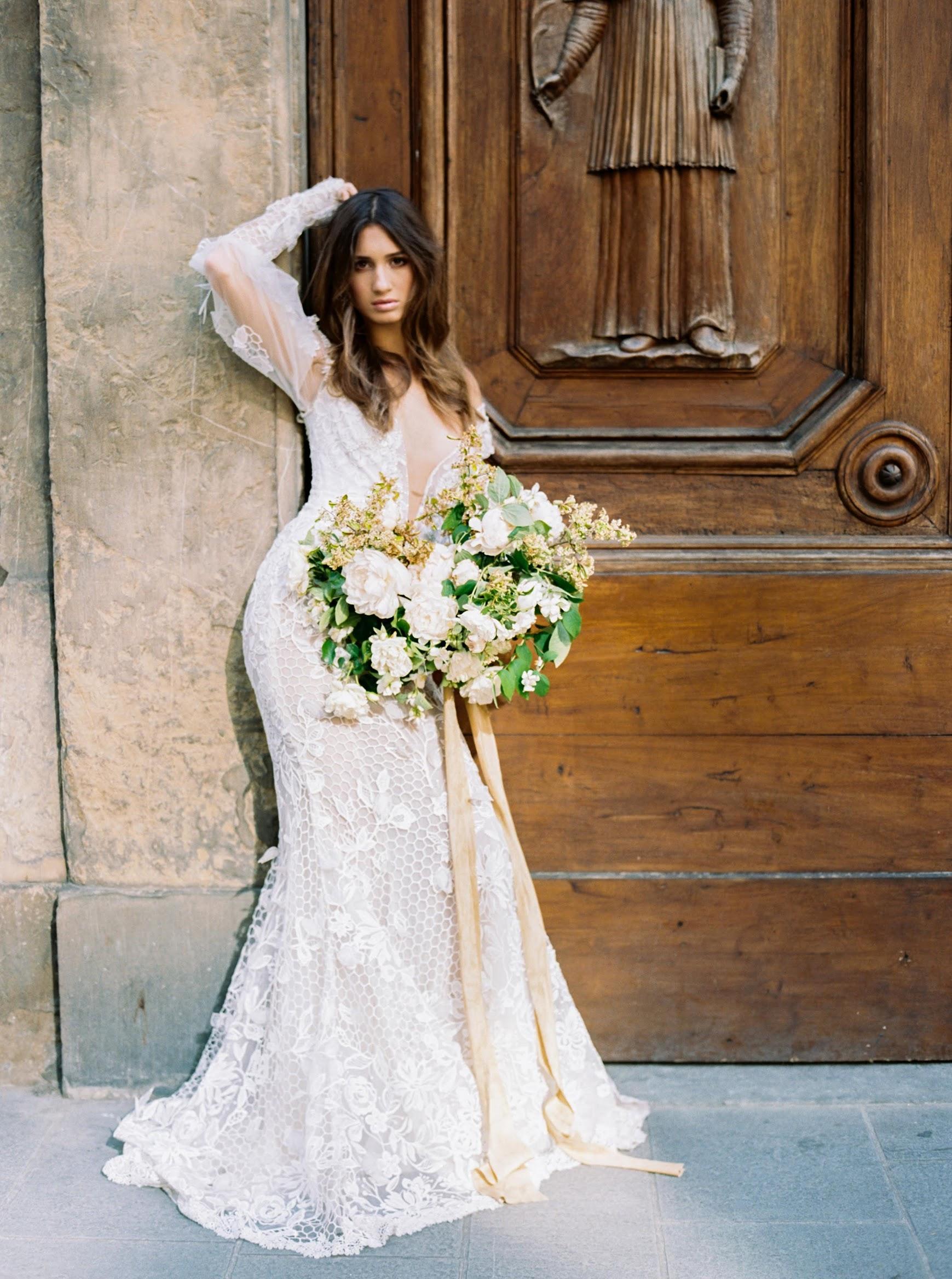 Violet Rose Floral top wedding florist and designer Michigan