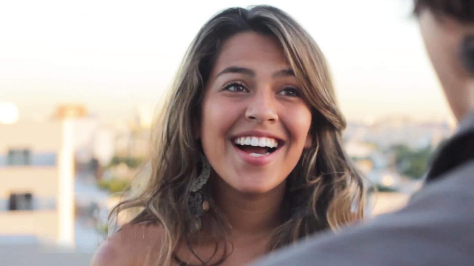 """Vanessa Hernandez, Egresada 2012, Actríz y presentadora en New York """"Mas latinos""""."""