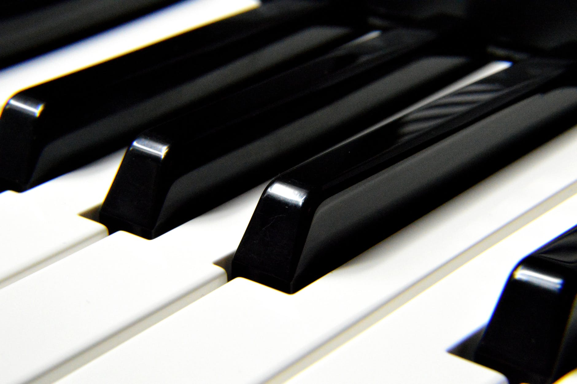 Piano 2.jpeg