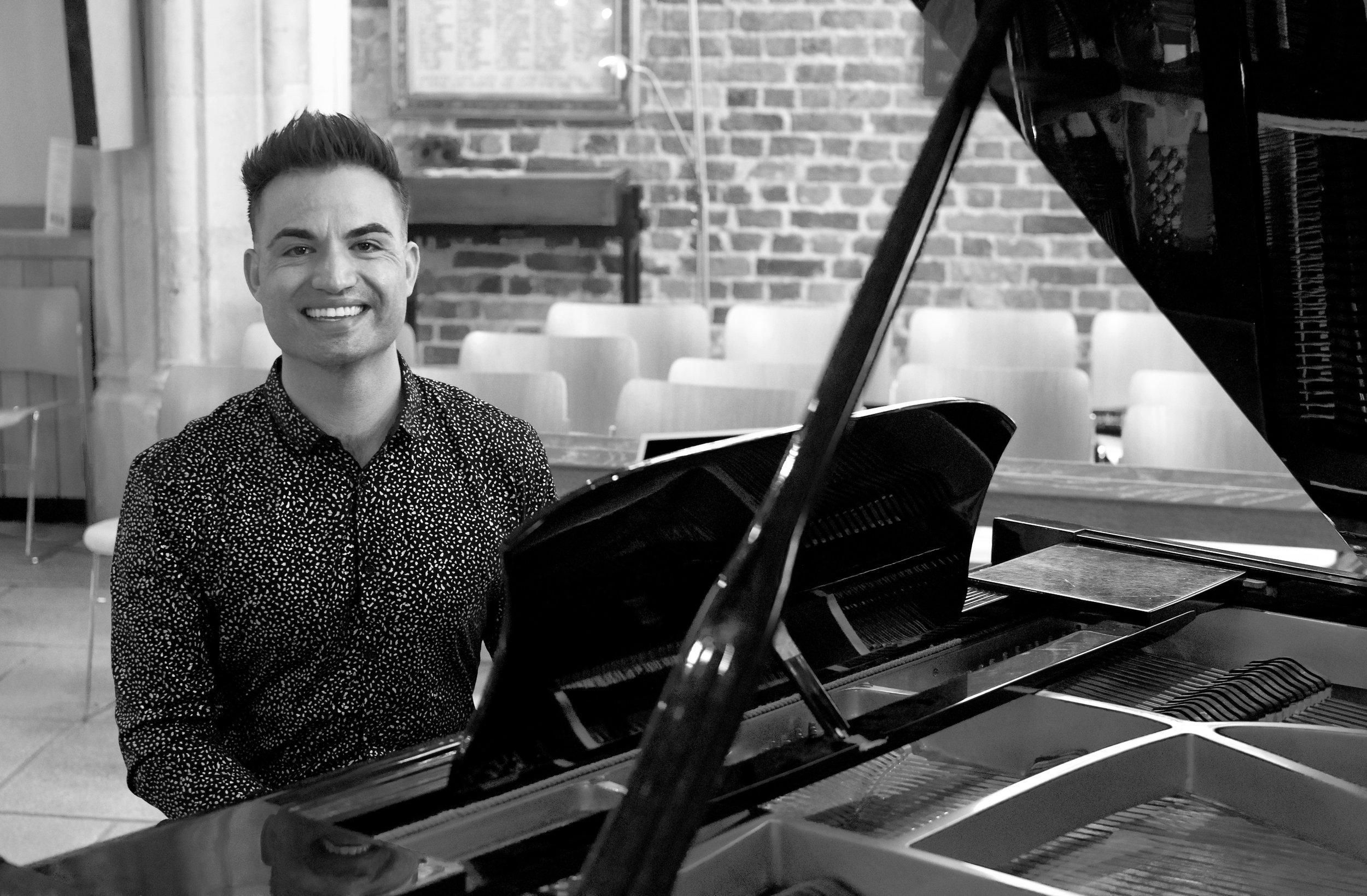 richmond twickenham wedding pianist