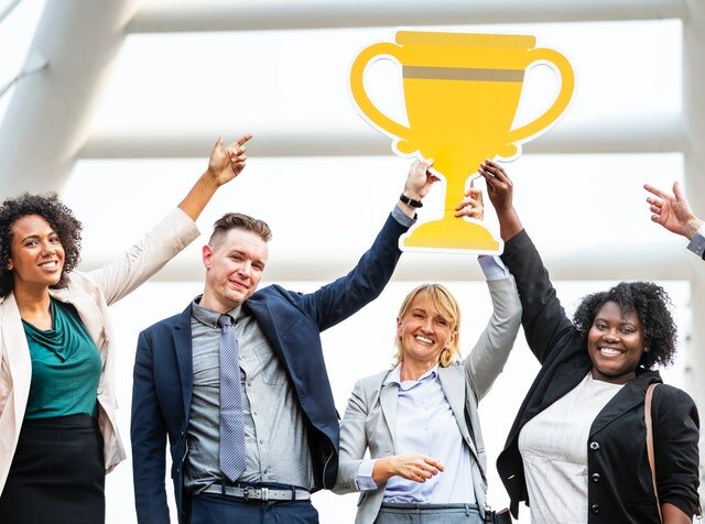 achievement-adults-award-1059118.jpg