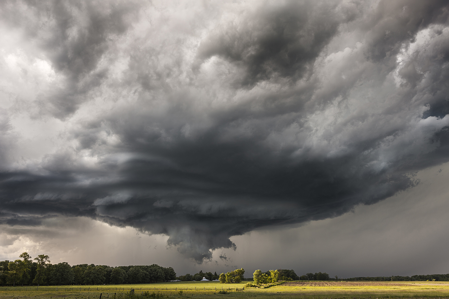 Supercell in Minnesota, Near Browerville, MN - The Big Cloud