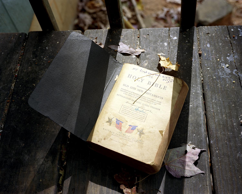 Evelyn's First Childhood Bible. Jamestown, TN. 2016.