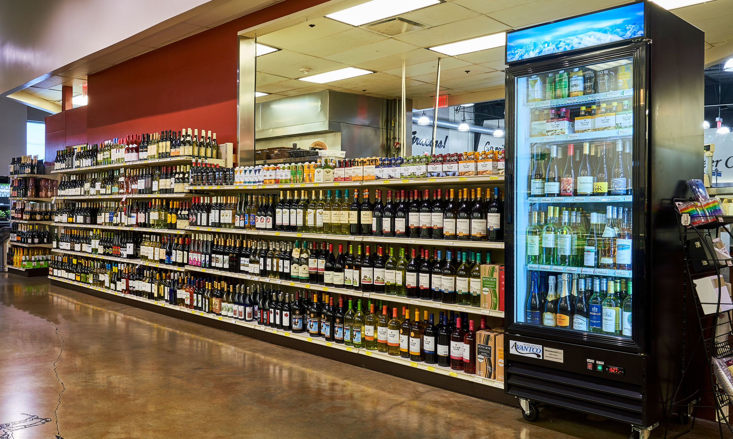 Horseshoe Bay's largest selection of beer & wine is offered at Bayside Fresh Market.