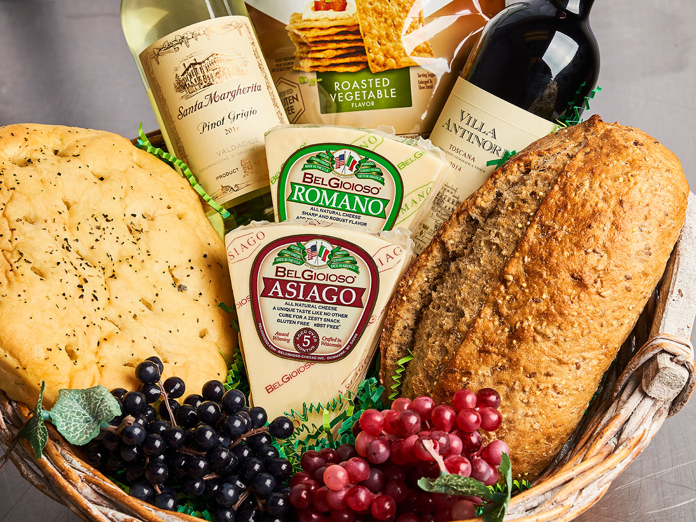 Italian Gift Basket design by Bayside Fresh Market.