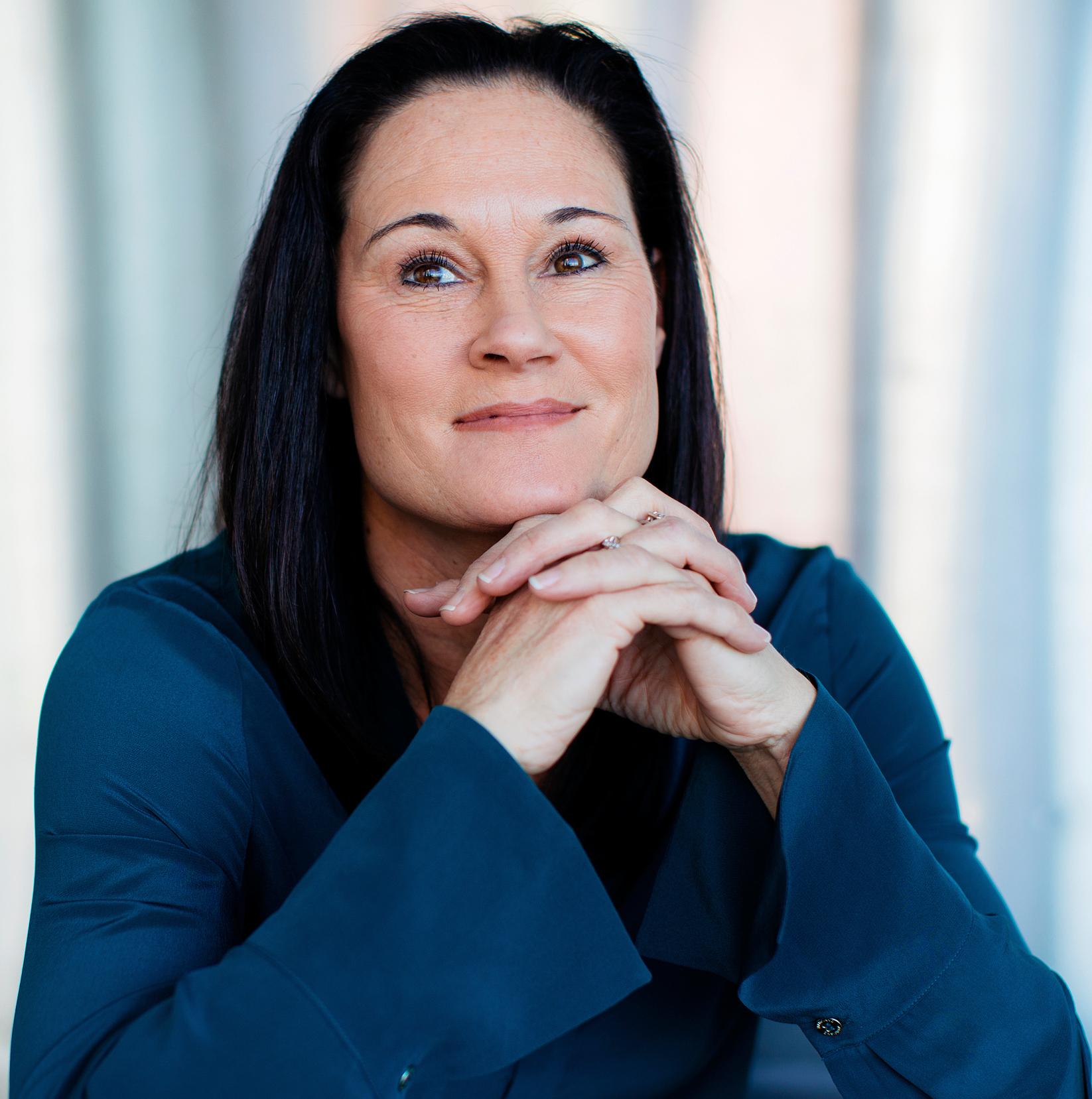 Jennifer Azzi