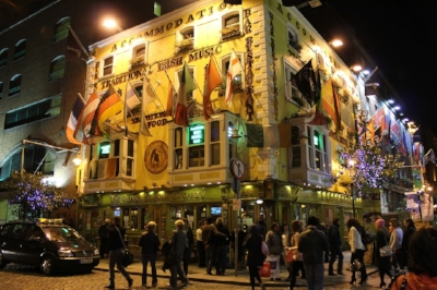 Meanwhile, in the Temple Bar...