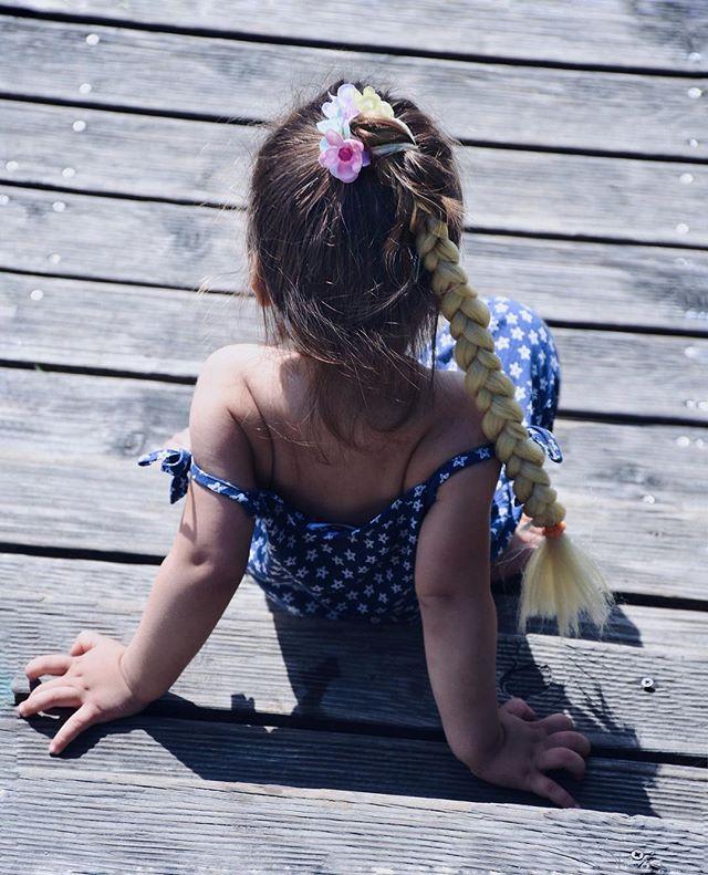 My girl 😍💙🌸 . . 📸 photo credit: @metka_majcen #mygirl💕 #braidstyles #braidstyle #braidgang #braidgoals