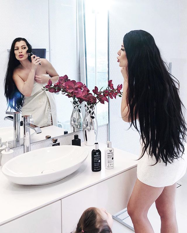 She's always around me when I'm getting ready for going out or just to go sleep. And she loves everything I do and wants to try all my cosmetics... of course I don't let her use most of it, but my favorite shampoo and balm from @watermansslovenija we share together. Yes, we both washing our hair with Watermans ☺️🖤👌🏻 Sweet dreams people 😘💤 . . . Feel free to use my discount code IRIS15 #hairproducts #brunettes #shampoo #conditioner #summerhair