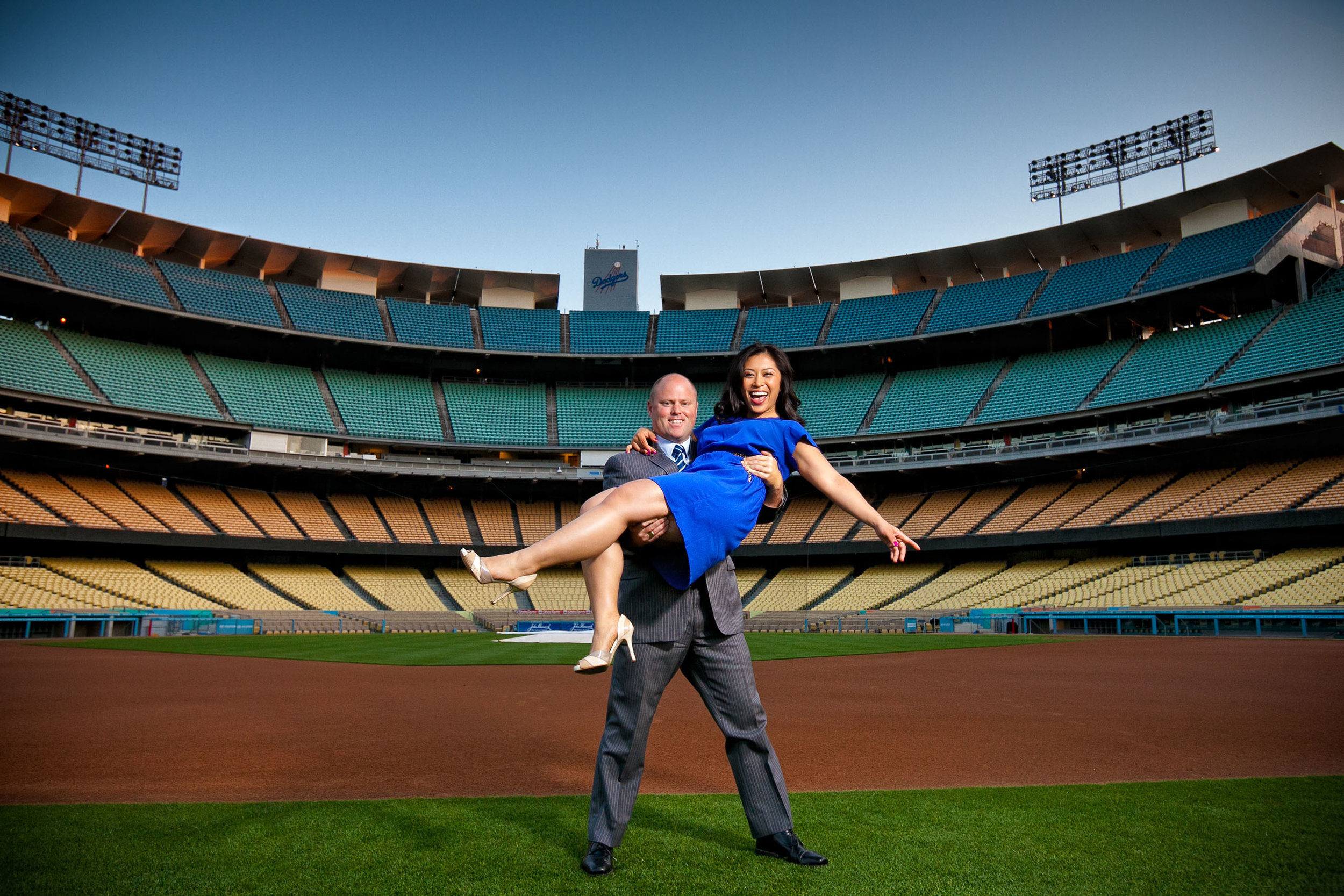 dodger-stadium-engagement-photography.jpg