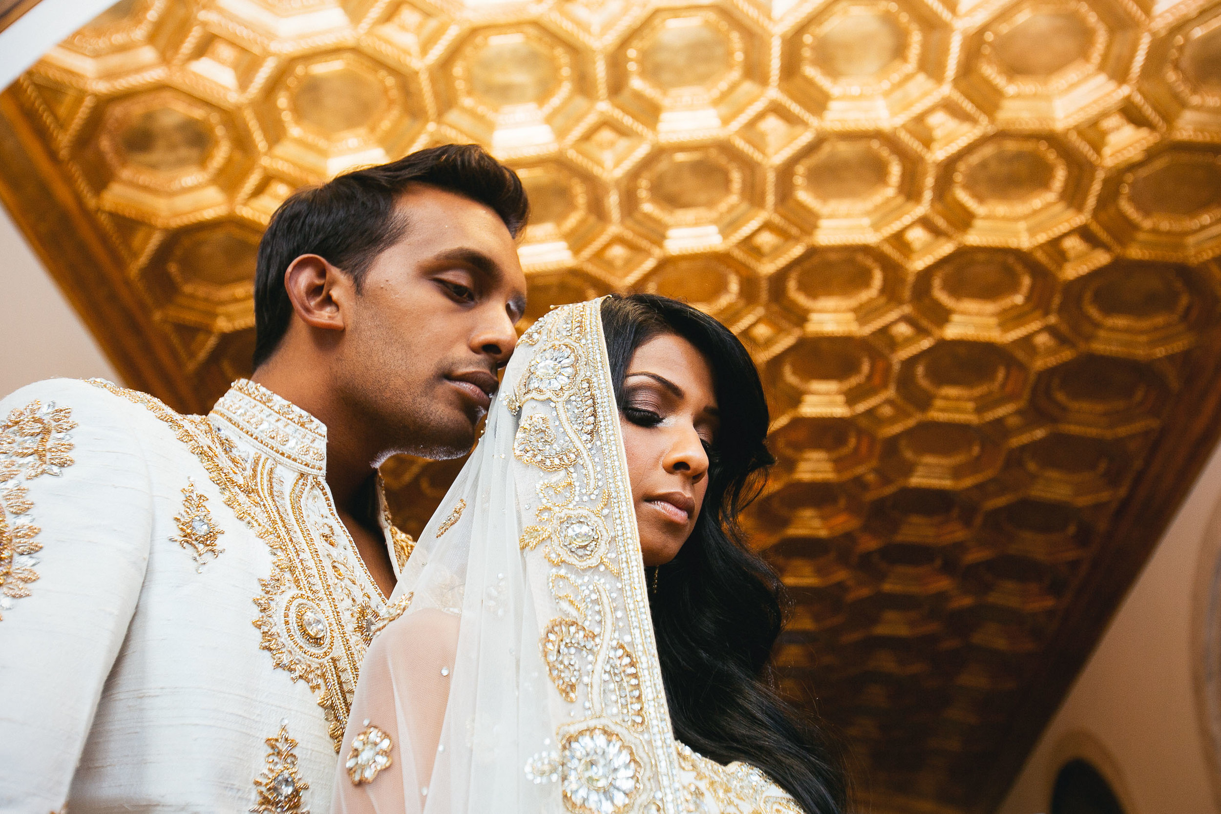 Beautiful Sri Lankan Bride