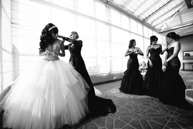 Pelican Hill Photographer - Persian Wedding Bride Getting Ready