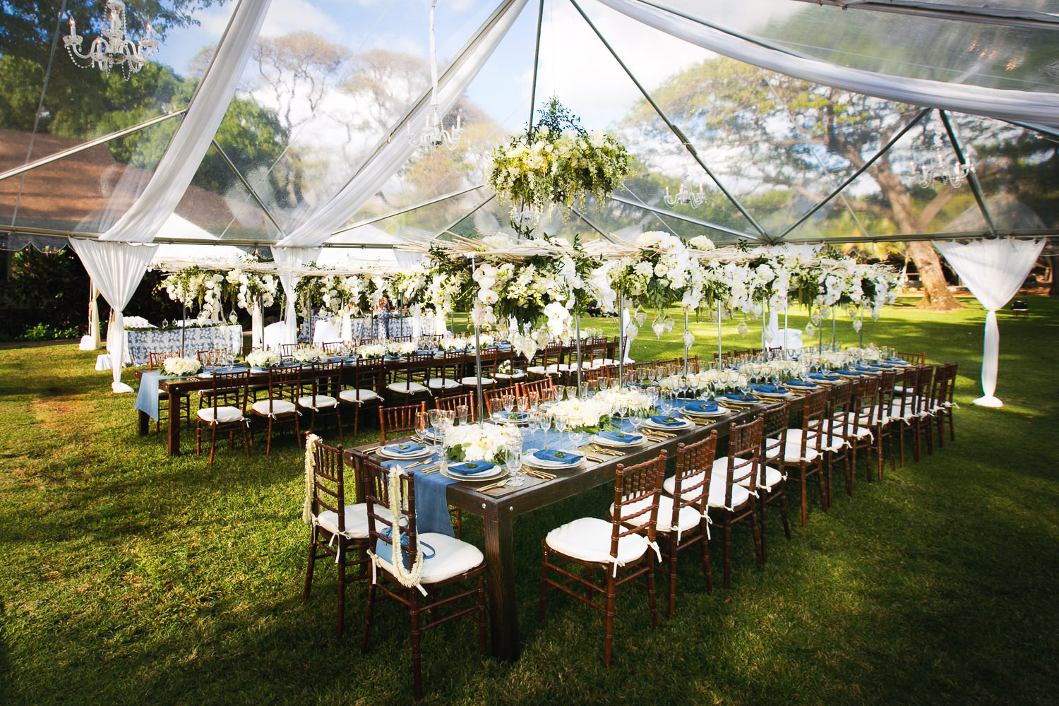 Olowalu Plantation House wedding planned by White Orchid Events with Asa Flowers