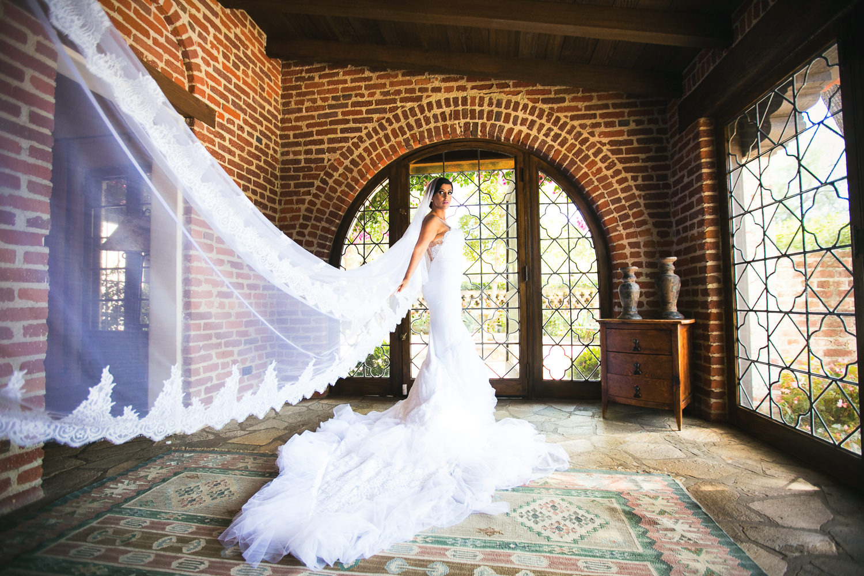 Hummingbird Nest Ranch Wedding - Persian Bride Showing Dress