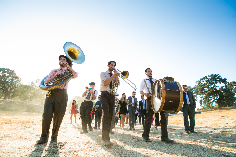 Los Olivos Wedding - Band for the natural wedding guests