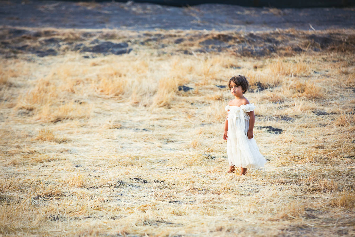 Los Olivos Wedding - Photo of a child in soft light