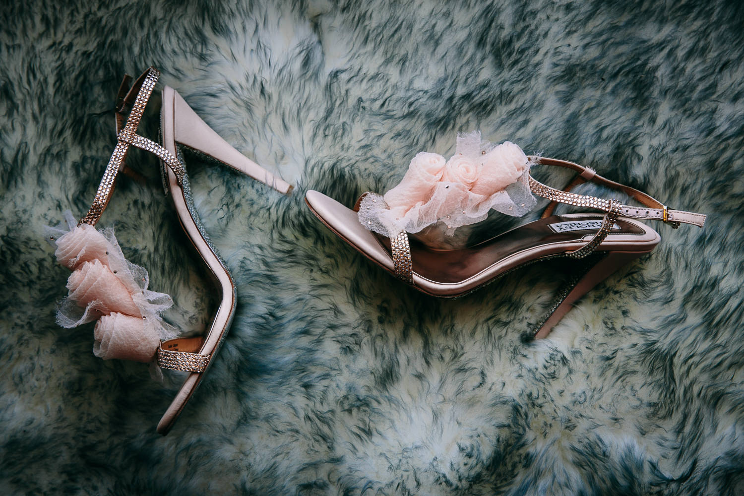 Malibu Rocky Oaks Photographer - Brides Accessories