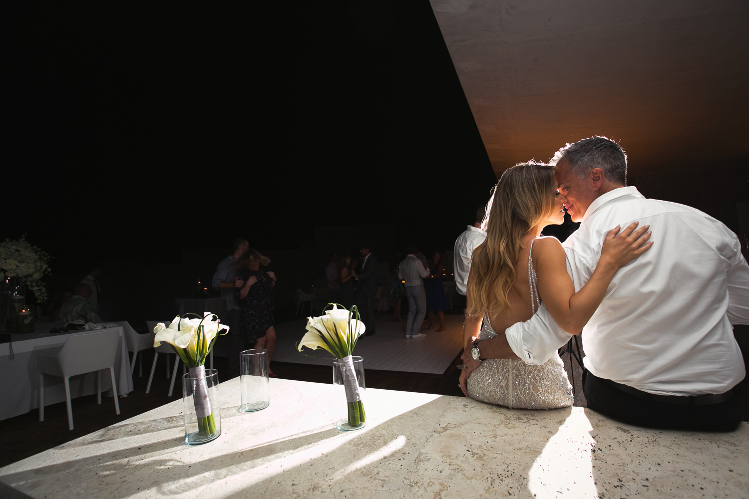 Viceroy Los Cabos Wedding - Last kiss of this amazing wedding