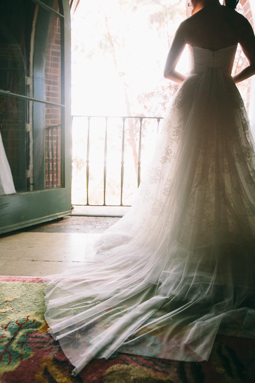Rose McGowan Wedding at Paramour Estate - Gorgeous bridal dress