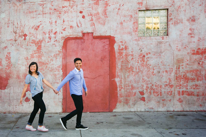 Venice Beach Engagement Photos - Holding hands