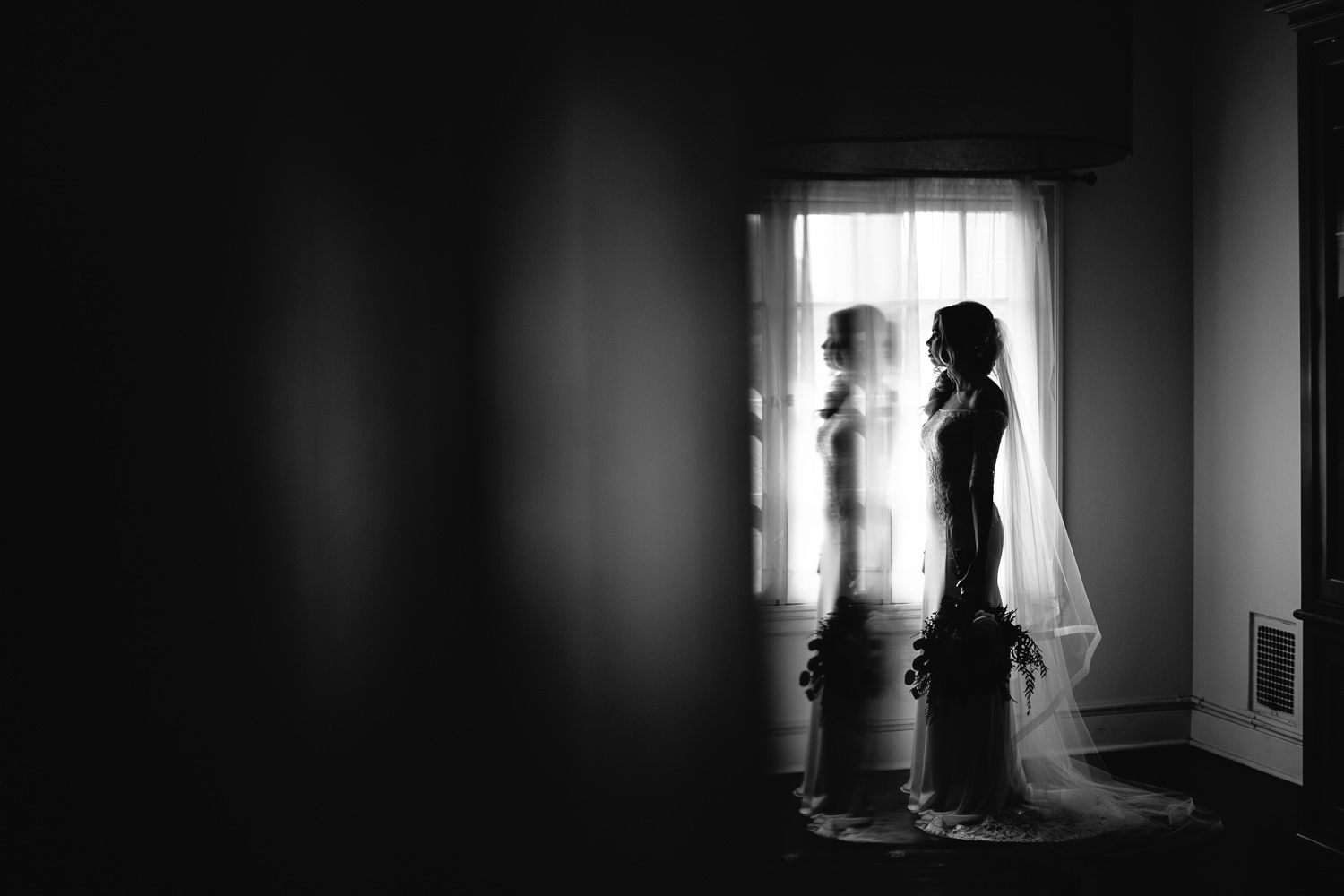 Ebell Long Beach Wedding - Bride in black and white