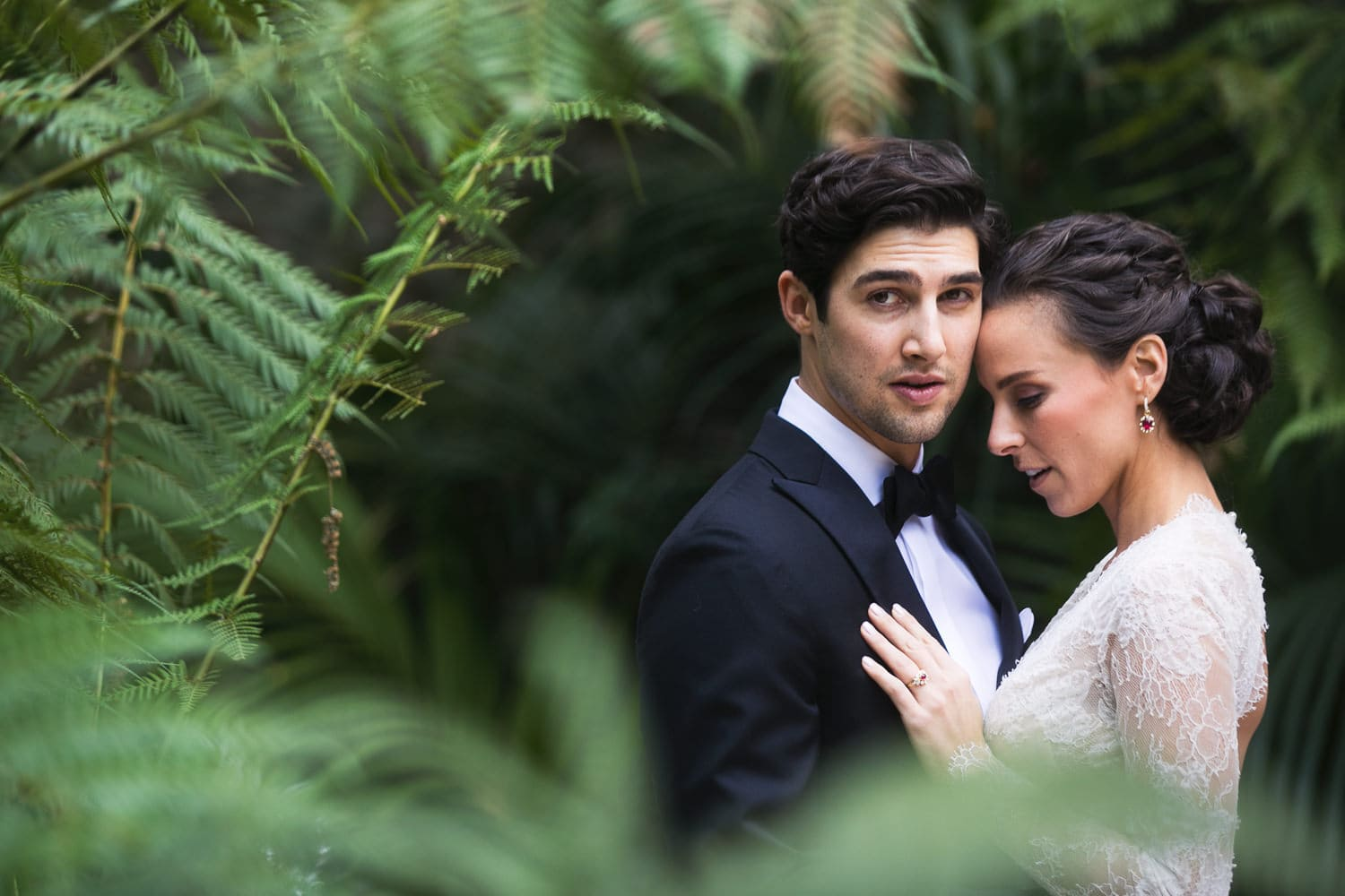 Stunning wedding photo by the swans at Hotel Bel-Air