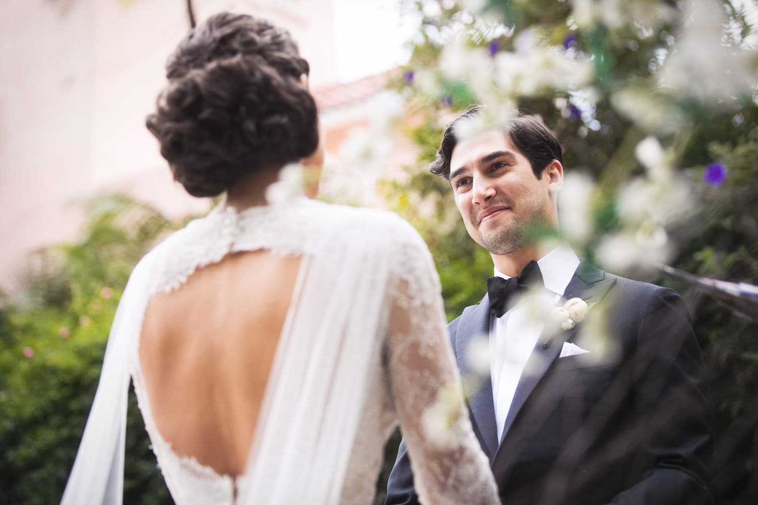 Fall wedding ceremony at the Hotel Bel-Air