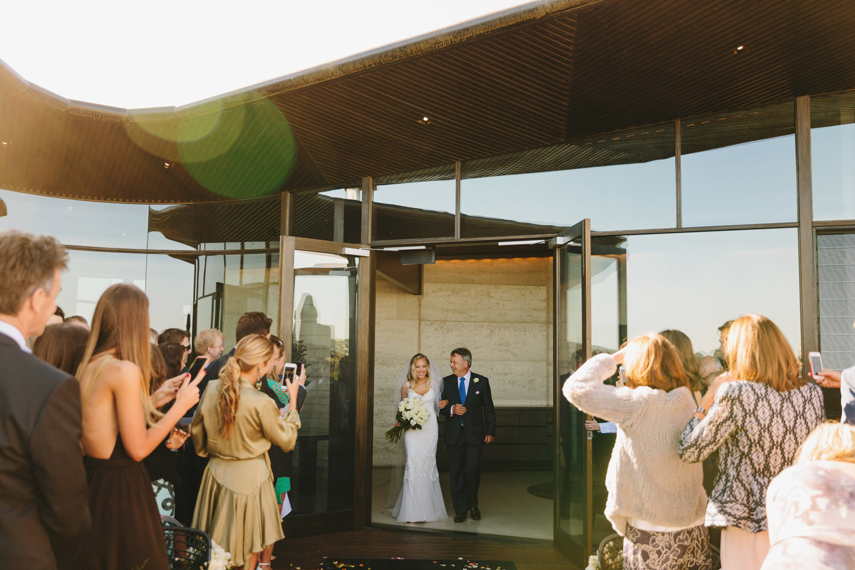 035-Melbourne_Wedding_Photographer_Jonathan_Ong_Best2015.jpg