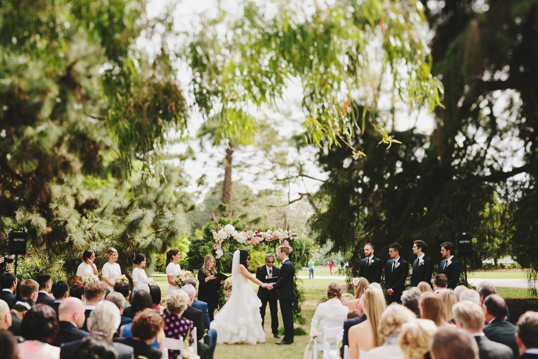 048-Melbourne_Wedding_Photographer_Jonathan_Ong_Best2015.jpg