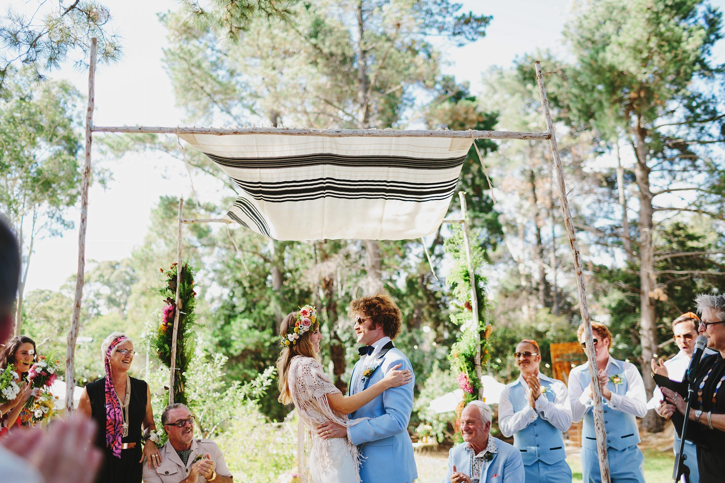 Melbourne_Vintage_Backyard_Wedding_Ben_Erin 039.JPG