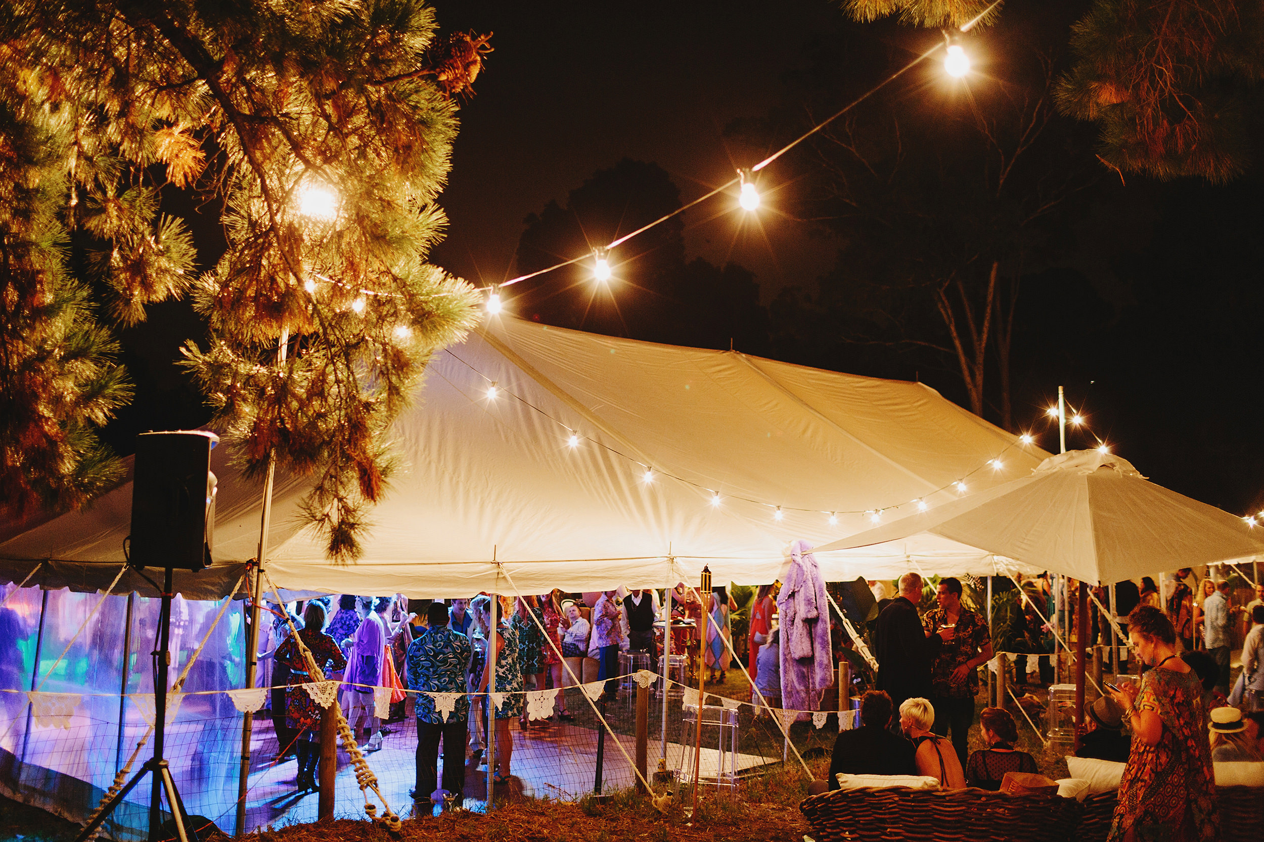 Melbourne_Vintage_Backyard_Wedding_Ben_Erin 106.JPG
