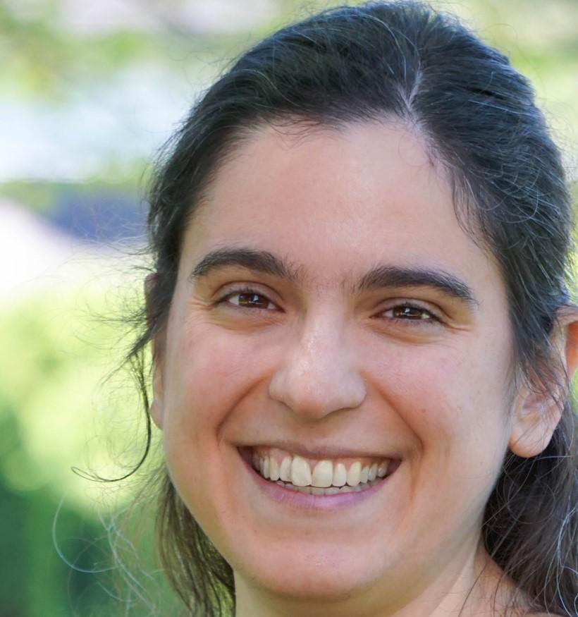 Your friendly author: Alexa Kapor-Mater
