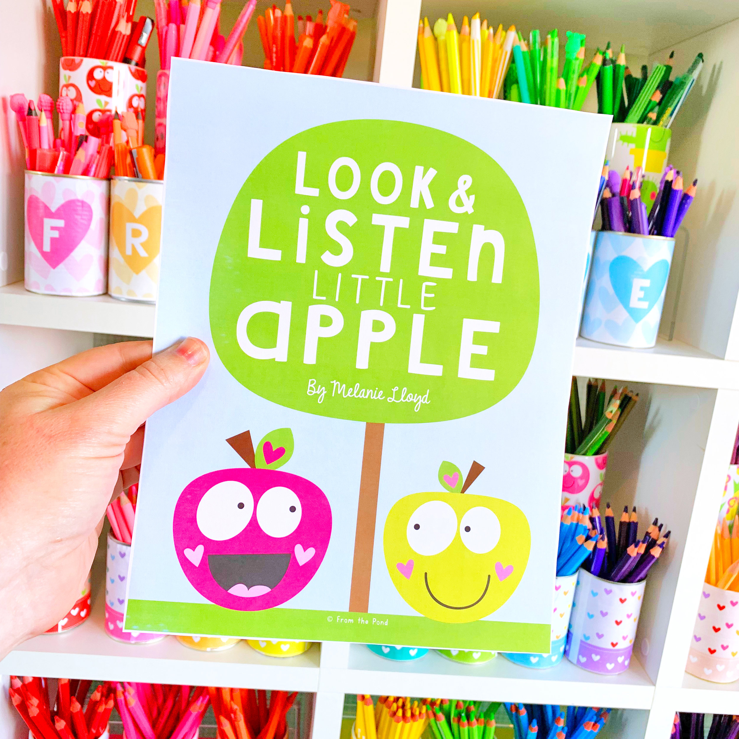 Look & Listen Little Apple Reading Pack