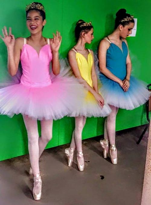dressing room ballerinas.jpg