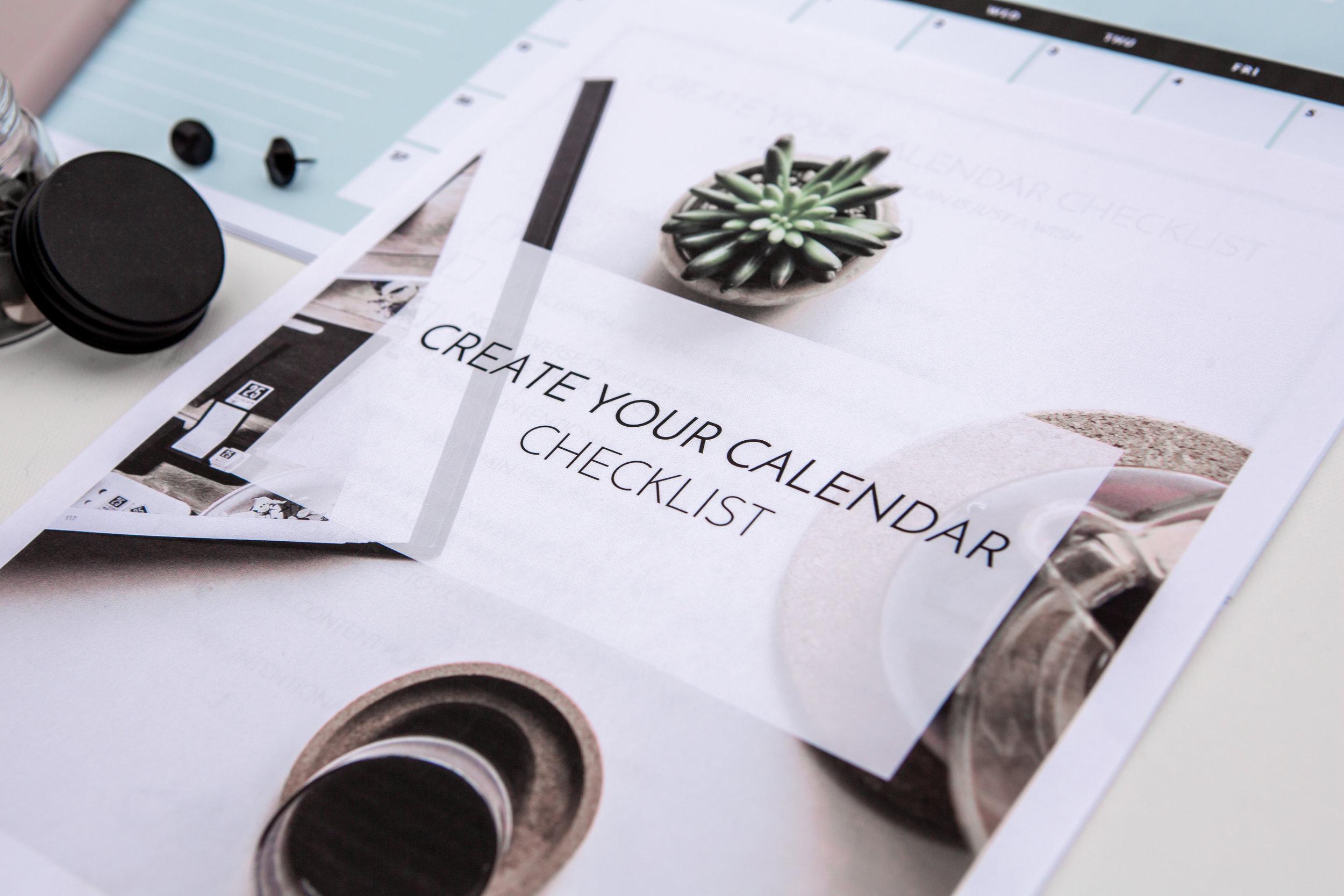 Create Your Calendar with Hey World Creative-3.jpg