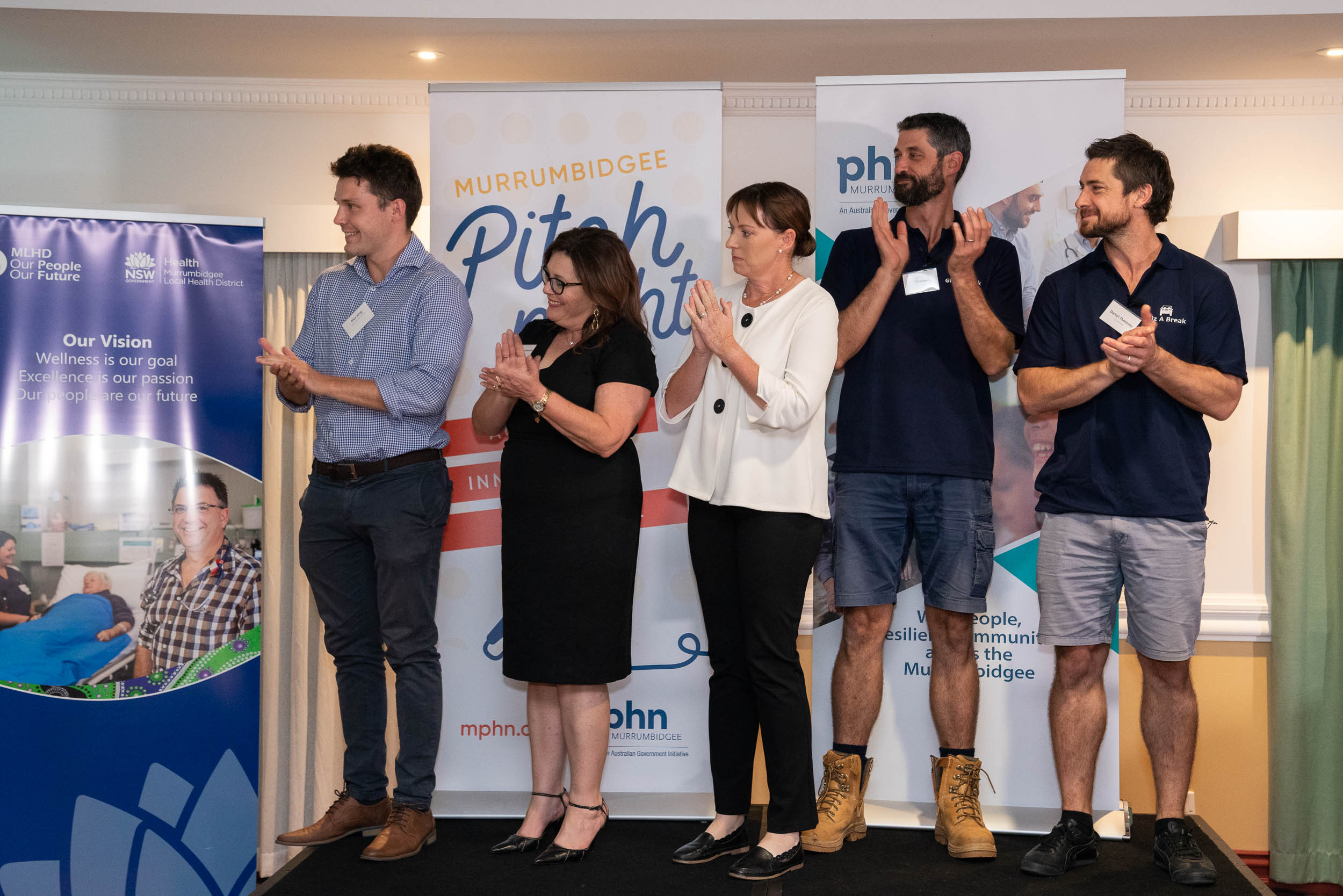 Pitch Night 2019_SA901800_DIGITAL_FINALISTS_Reveal1.jpg