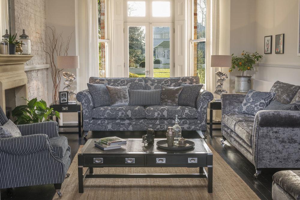 Lowry+4str-7702+Murano+Wing+chair-7162+Lowry+3str-7369+F++ok.jpg