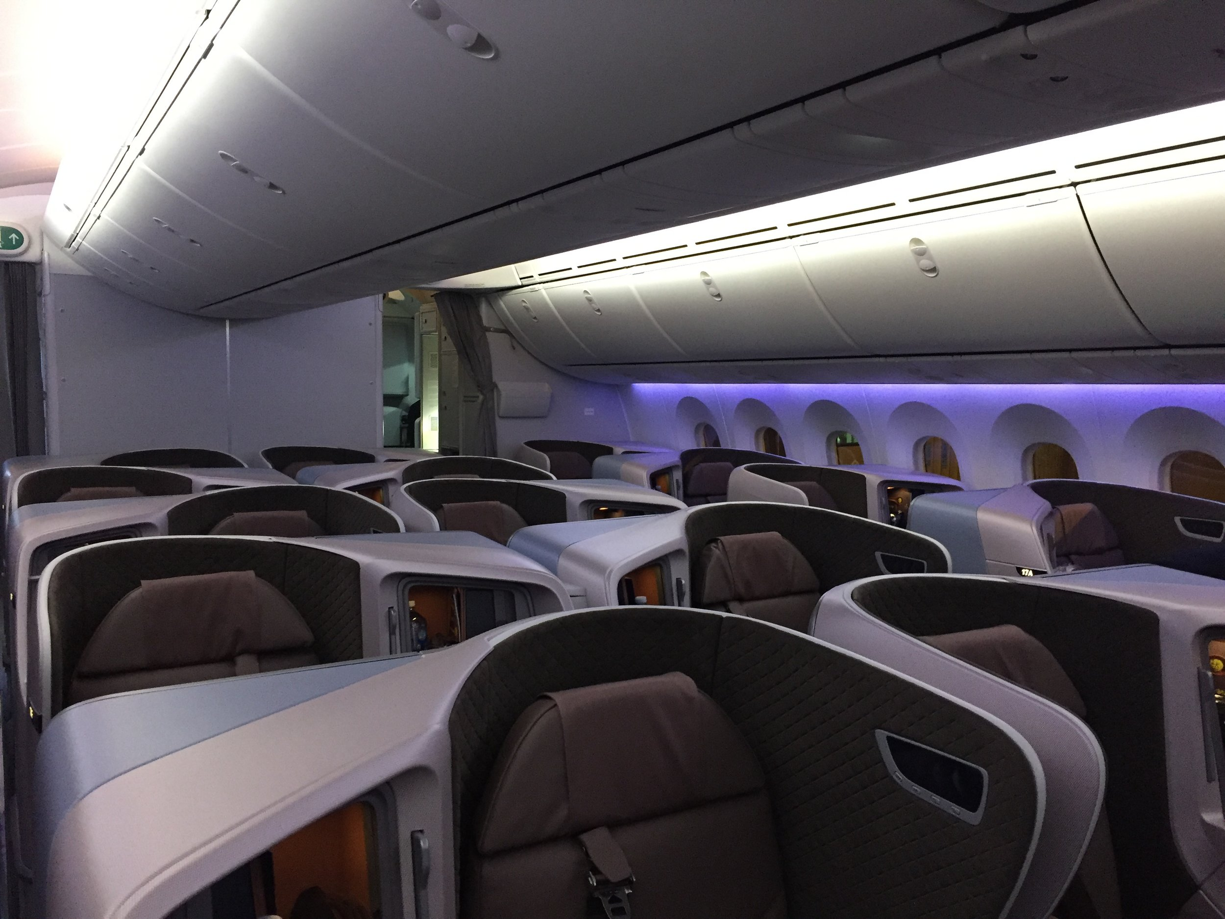 REVIEW: Singapore Airlines 787-10 Business Class — Point Me ...