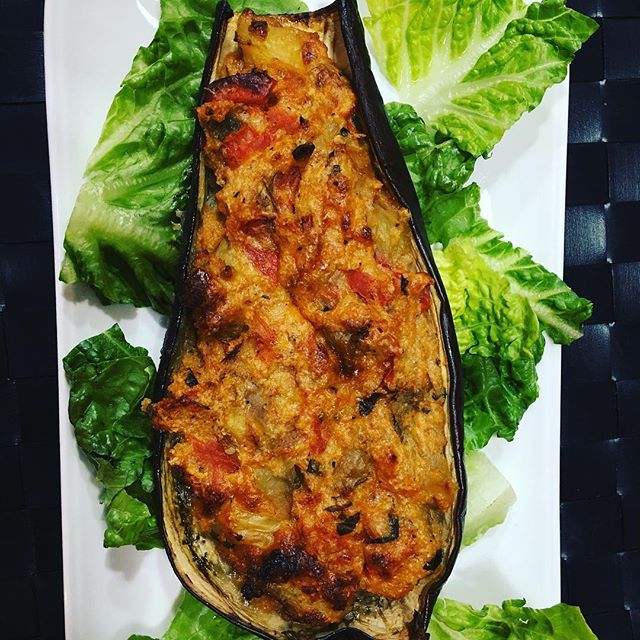 Yum something new stuffed eggplants delicious hot it cold a great vegetarian dish .... pastamama.net #easyfoods #dinnerideas #comfortfood #events #eggplant #entertaining #dinnerparty #foodie #events