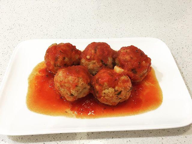 Happy Meatball Friday #dinnerdone #notimetocook #easycooking #meatballs #comfortfood