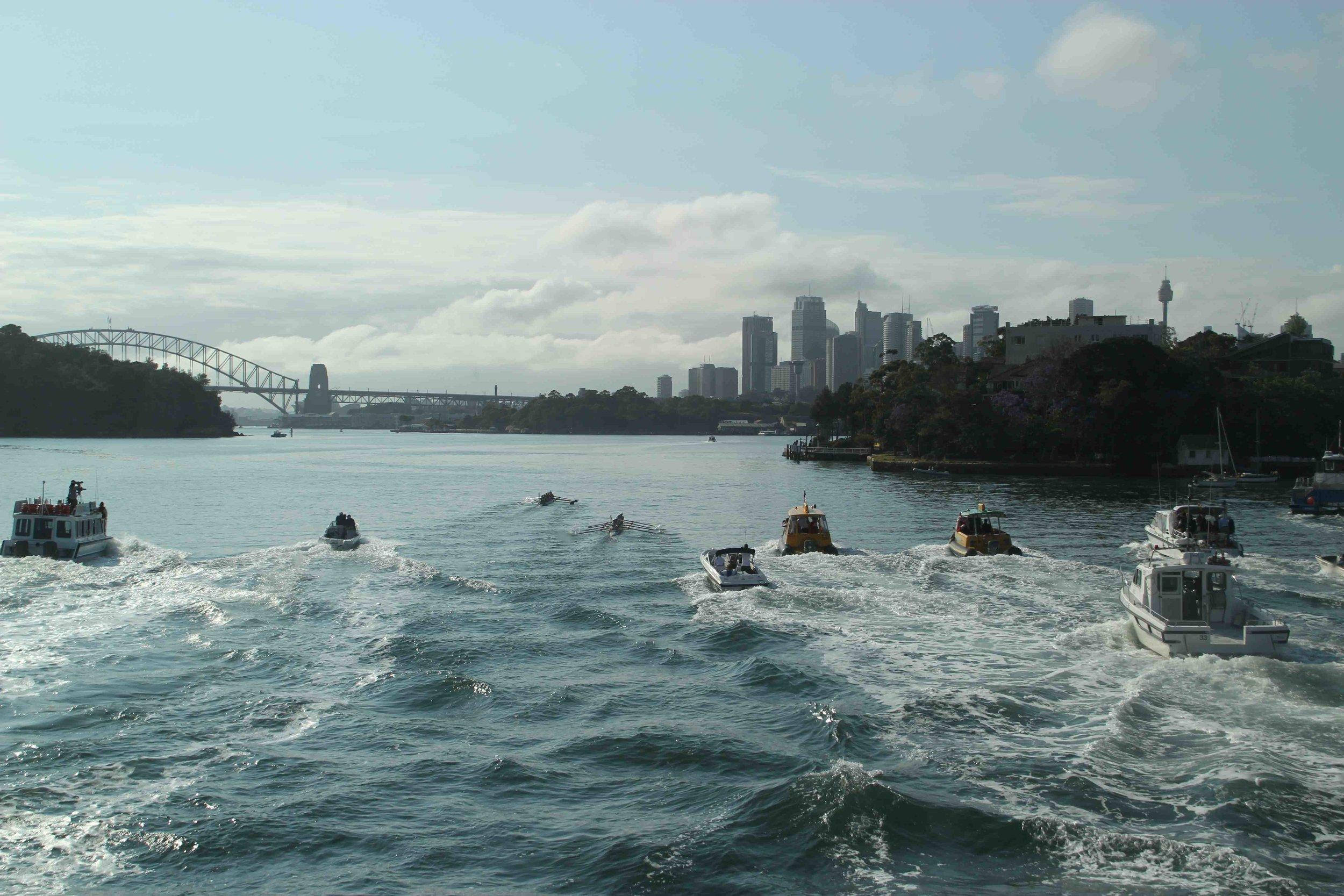 Melb Women - left- lead Sydney Uni approaching Long Nose Point ABR2012.jpg