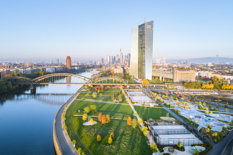 Hafenpark_Frankfurt_01_Nikolai_Benner.jpg