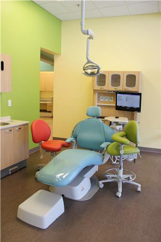 Dental-Office-Examination-Room.jpg