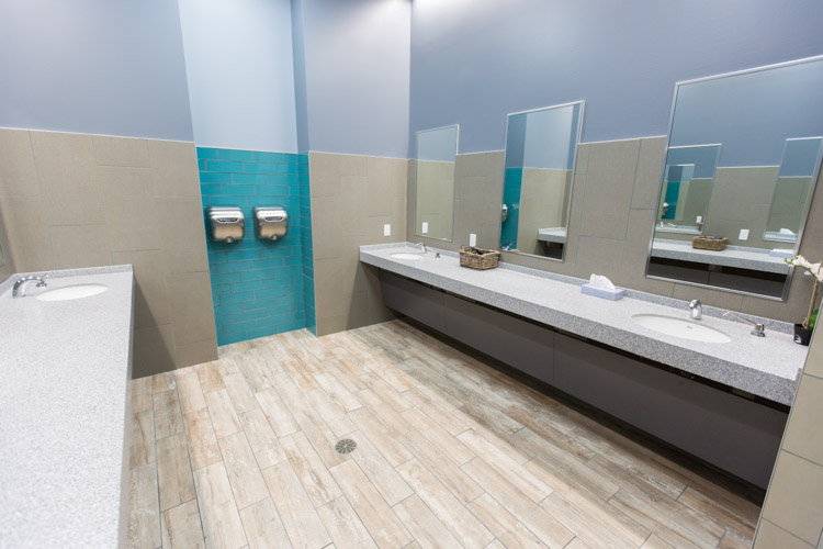 Edge-Fitness-Manchester-Bathroom.jpg